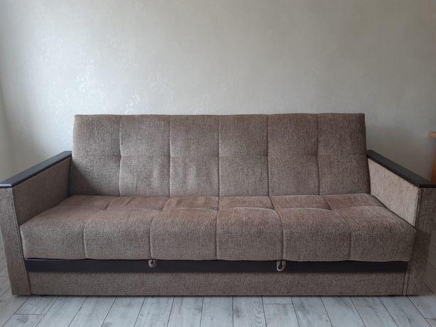 Продаю белорусский  диван