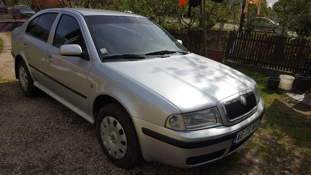 Vand Skoda Octavia Tour 1.9 TDI Campulung - imagine 1