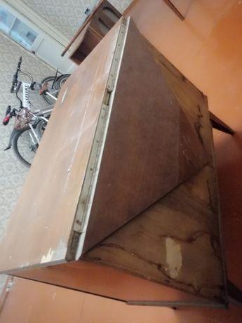 Мебель разная велосипеды телевизор