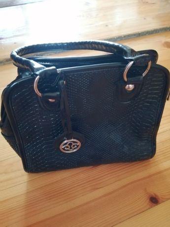 Употребявани дамски чанти