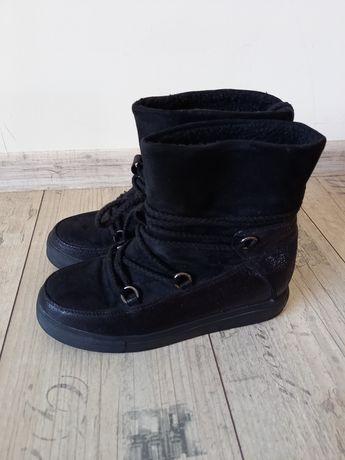 Страхотни черни ботуши 39