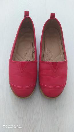 Дамски обувки ежедневни