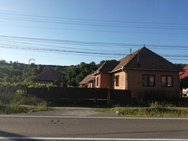 Vand casa la tara în comuna Deda județul Mureș lângă strada principa