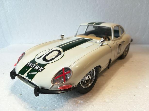 Jaguar E 1961, macheta auto 1/18, bburago