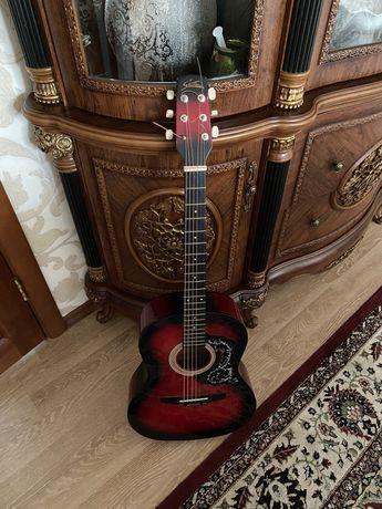 Гитара акустическая (новые струны)