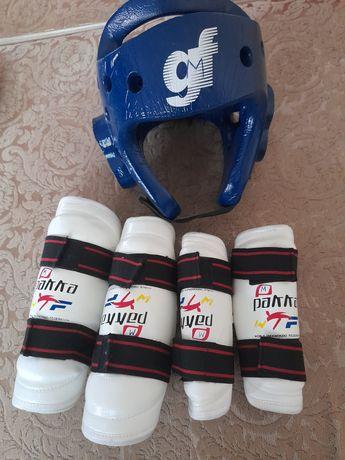 Защитный шлем для таэквондо