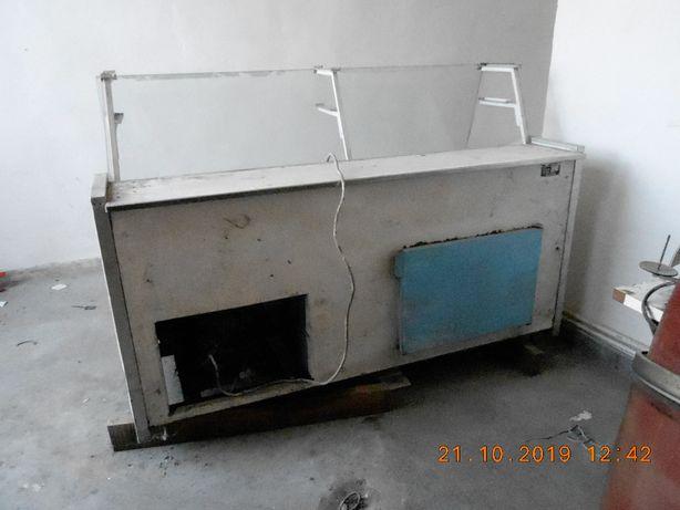 Vand lada frigorifica oriznontala 2metri pentru piese