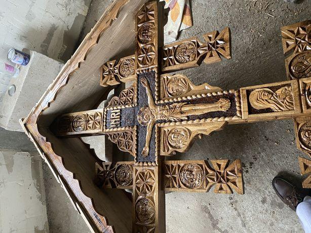 Cruce de lemn/rastignire