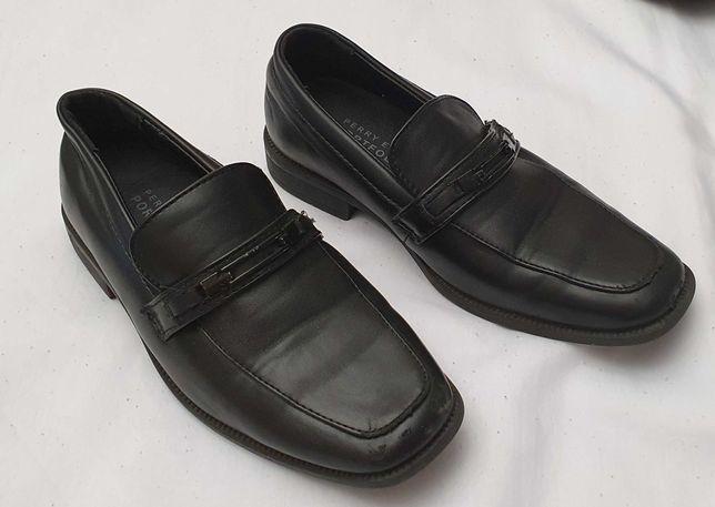 Туфли  классика р 31 ( на 6 лет)