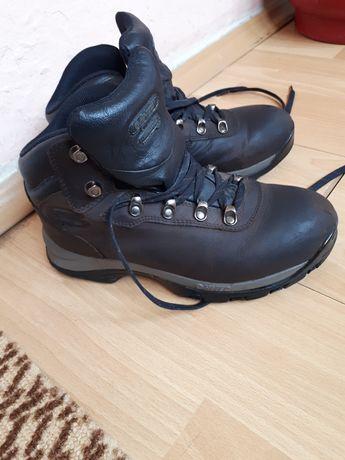 Зимни обувки HI TEC