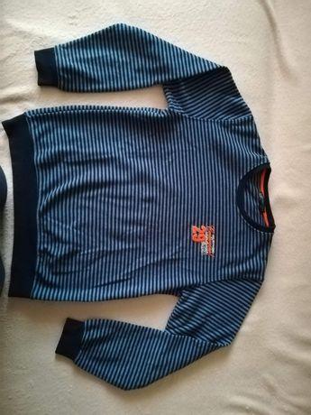 Bluza marime 164 pentru băieți. Aproape nou.