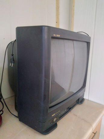 Продаеться японский телевизор оригинал