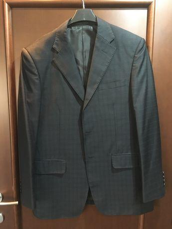 Vand costum barbatesc Hugo Boss