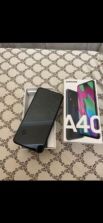 Samsung A40,Samsung A20