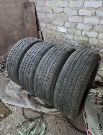Продам летние шины Bridgestone