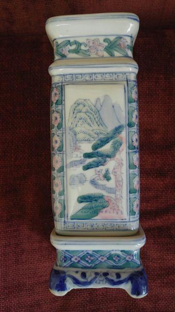 Vaza antica de colectie semnata