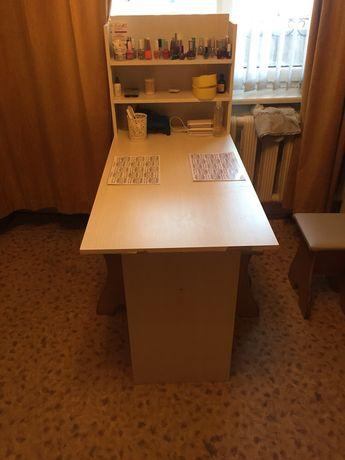 Продам Маникюр стол