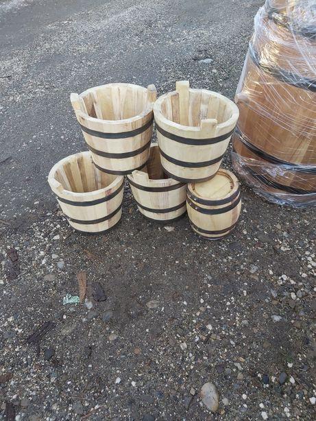 Găleți de lemn
