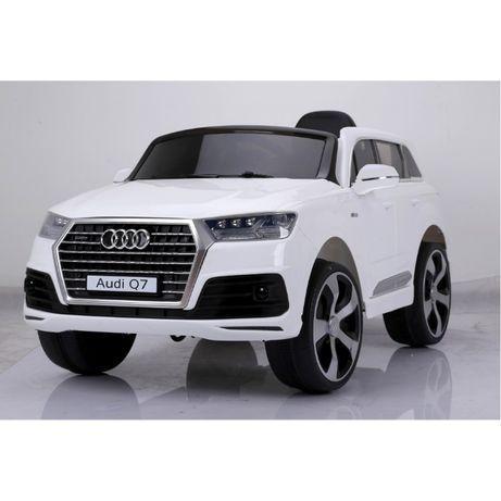Masinuta electrica pentru copii, alba Audi Q7,acumulatori,garantie!