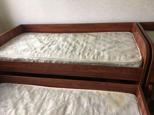 Кровати для многодетных можно по отдельности или все сразу
