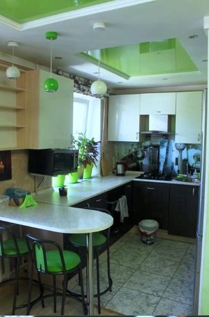 Квартира Абая Алматы трехкомнатная продам