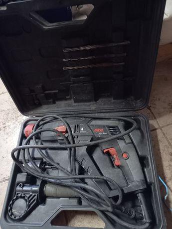 Rotopercutor SDS  Skil 600W