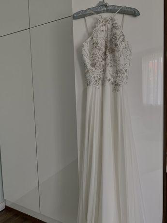 Длинное белое платье JOVANI