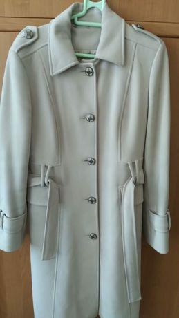 Куртка, пальто продам