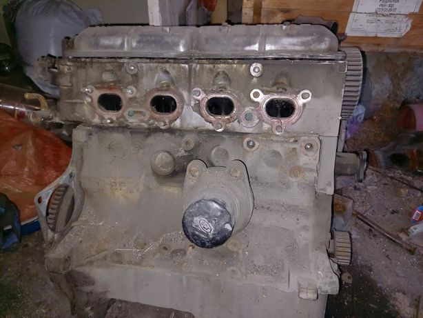 Двигатель и Коробка Передач Mazda 323f bg