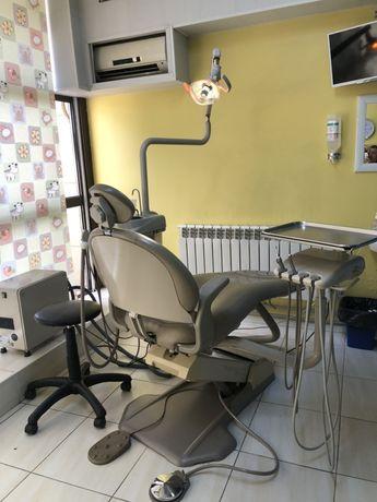 Перфррмер Adec стоматологическая установка