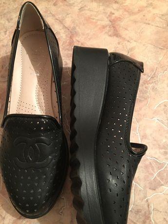 Новые продам женские туфли
