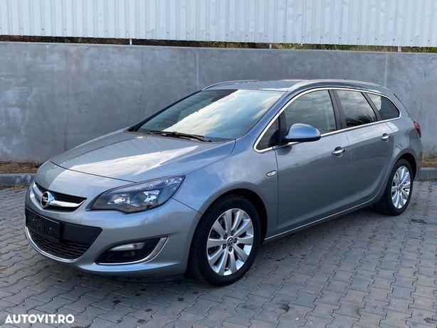 Opel Astra adusa recent
