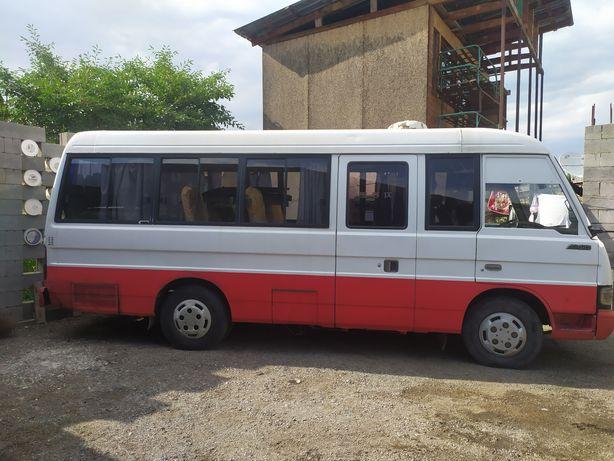Автобус продам kia