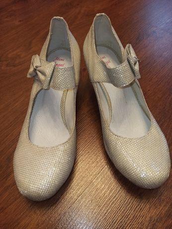 Туфельки на девочку 36-37 р-р. Турция
