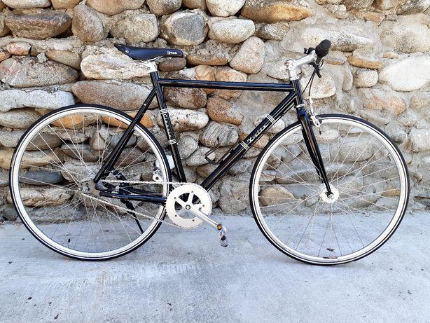 Bicicletă clasică 3 viteze in butuc SRAM