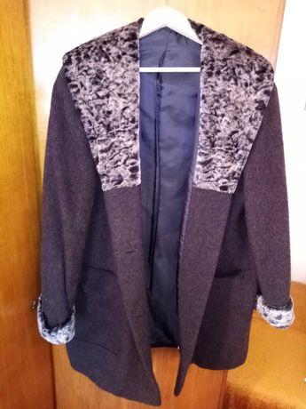 Дамско  италиянско палто и елек.