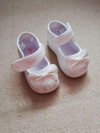 Детски обувки за момиче