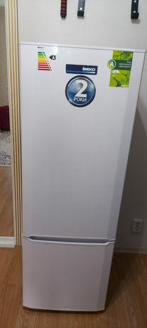 Холодильник отличного состояния