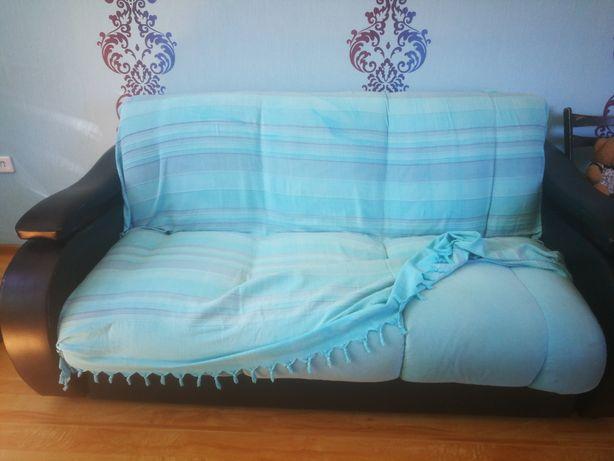 Продам раскладной диван в хорошем состоянии