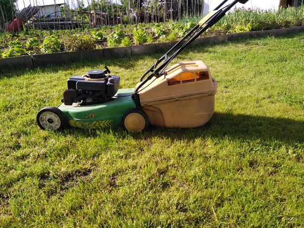 Coș mașină de tuns iarba, gazon