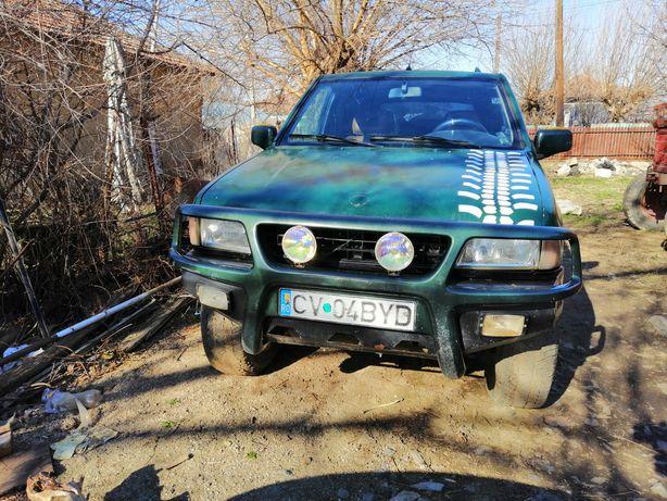 Opel Frontera 4x4 cu GPL