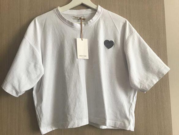 Налична бяла тениска