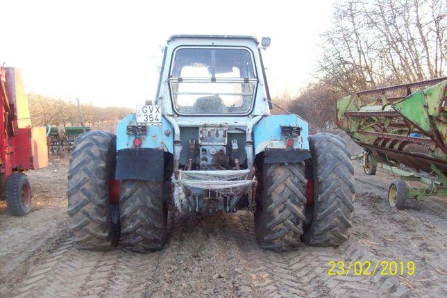 tractor fortschritt zt 303 4x4 cu 120 de cai putere cu roti duble.