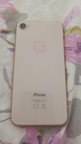 Продам Iphone 8, 64 GB, золотистый цвет