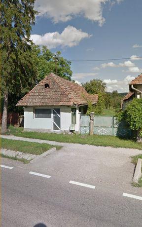 Casă și teren cu toate utilitățile ,Gornesti/centru (2300 mp)