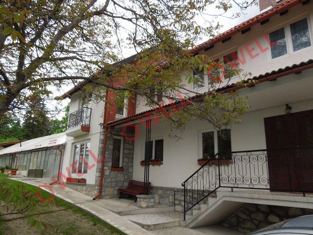 De vânzare în localitatea Izvorul M –Harghita, o casă familială.