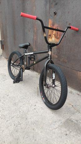 Велосипед bmx kink