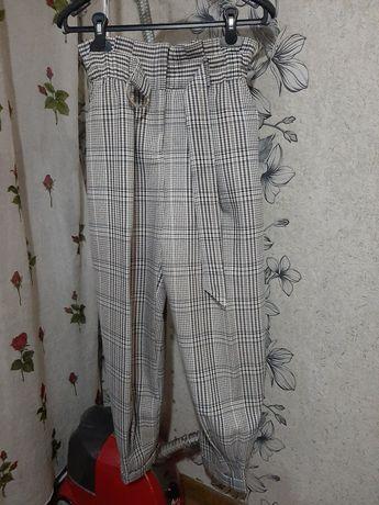 Продаётся брюки bershka,производство турция