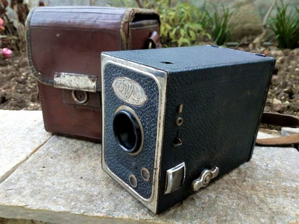 """Рядък Фотоапарат Боксер """"Eho"""" с Оригинална Кутия!"""