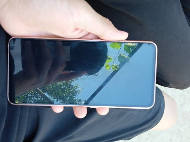 Samsung A80 обмен на Iphone +7, 10